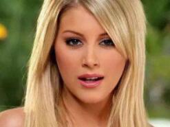 法国啄木鸟十大女星排名 个个前凸后翘金发碧眼