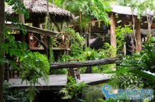 芭提雅风景极好的特色露天餐厅--绿光森林餐厅