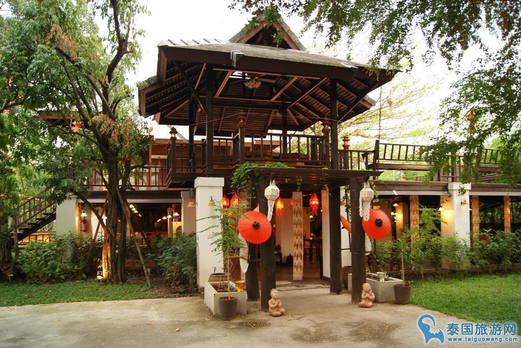 清迈古城内泰式风格酒店推荐--查波兰纳酒店