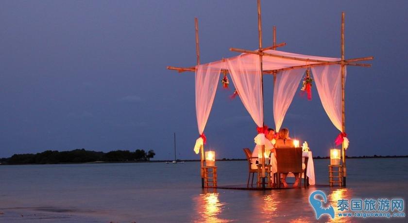 苏梅岛适合家庭亲子游的四星酒店--查汶丽晶海滩