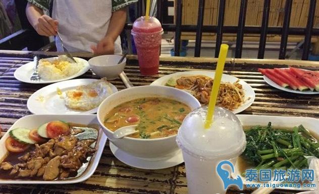 甲米莱利沙滩评价便宜的泰式餐厅-- Mangrove Rest