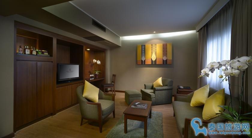 曼谷离各个景点比较近的酒店--双子塔酒店