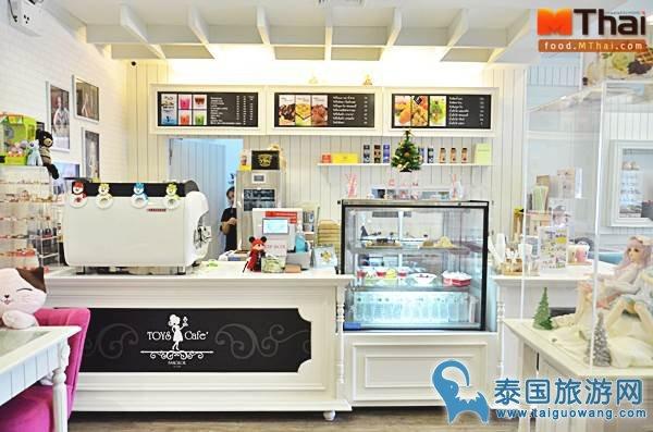 """曼谷""""洋娃娃""""主题的咖啡甜品店"""