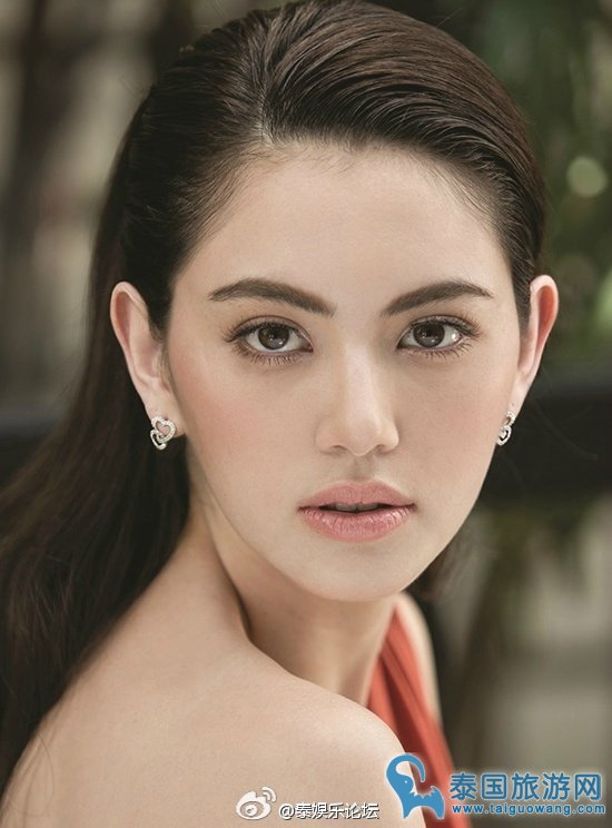 泰国女明星_明星   泰国 女星mai可以说是黑料与名气齐飞的 明星,虽然黑料不断