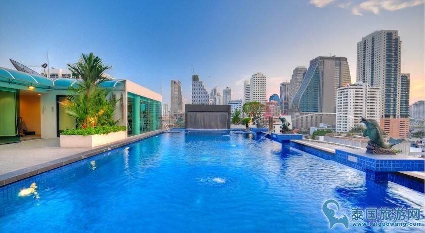 曼谷交通方便的楼顶泳池酒店推荐