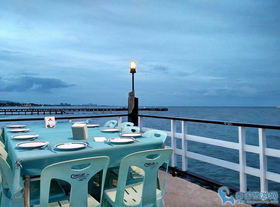 华欣当地好吃不贵的餐厅:超雷海鲜餐厅