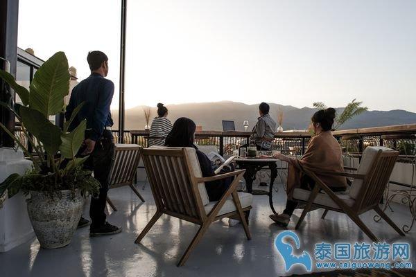泰国当红明星副业经营有当 餐厅、潮牌样样不缺