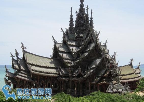 东南亚非常值得去的旅游景点——泰国真理寺