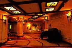 克利科瓦世界上最大的酒窖,贮酒隧洞长达120公