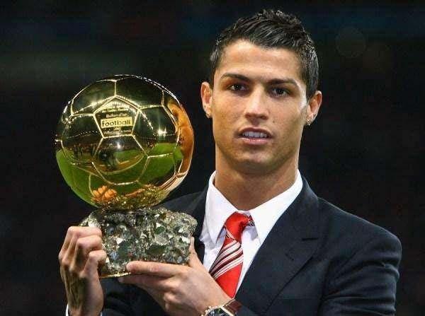 盘点世界足坛近20年最伟大十大足球巨星_巴拉排行榜