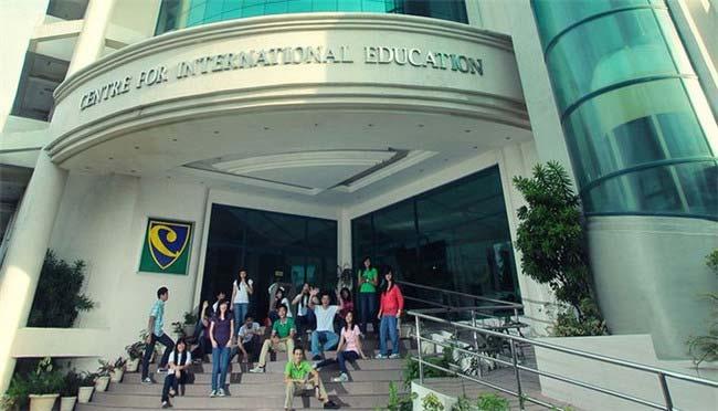 国际教育中心大学(5600美元)