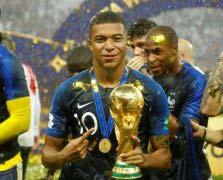 2018世界足坛十大新星,最耀眼是姆巴佩!