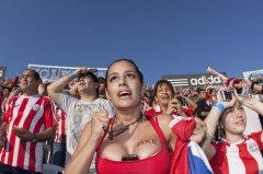 巴拉圭第一乳神:拉里萨·里克尔梅一夜成名