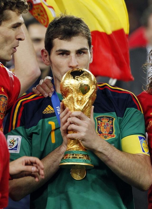 历届世界杯最佳守门员(金手套奖)得主