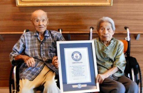 世界最长寿夫妻108岁丈夫逝世 夫妻相携逾81年