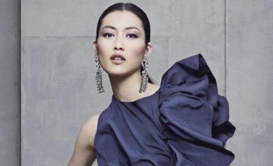 世界知名时装杂志_世界顶级十大性感模特排名,个个身材好颜值高(2)_巴拉排行榜