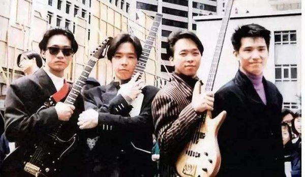 中国十大经典摇滚乐队排行榜,第一名是它!