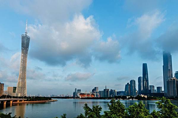 广州十大网红打卡地点,广州小蛮腰为首选