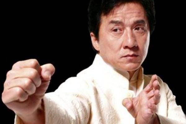 娱乐圈华人十大巨星排名,功夫巨星成龙排第一