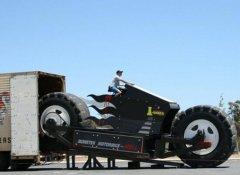 世界上最大的摩托车,摩托怪兽重达14吨