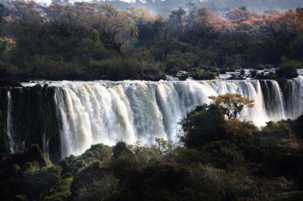世界上最长的瀑布群在哪里?基桑加尼瀑布群