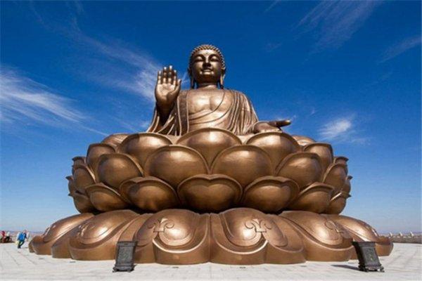 世界上最高的释迦牟尼坐佛像(金鼎大佛)