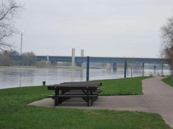 世界上最奇特的大桥,马格德堡水桥可以跑船
