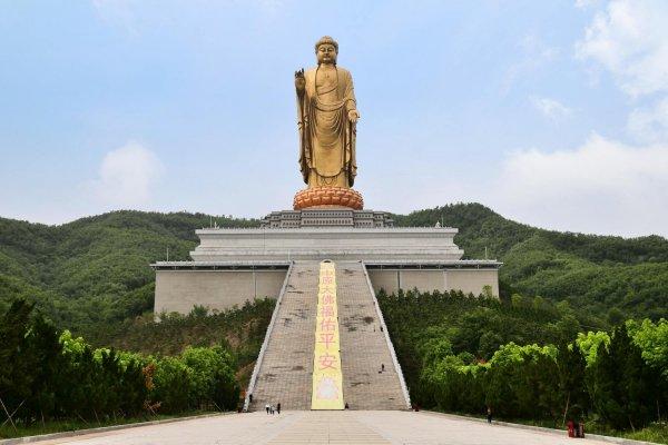 中国最高最大的佛像,中原大佛高208米