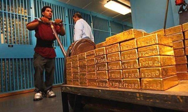 世界上最大的金库,曾经藏有8300吨金砖