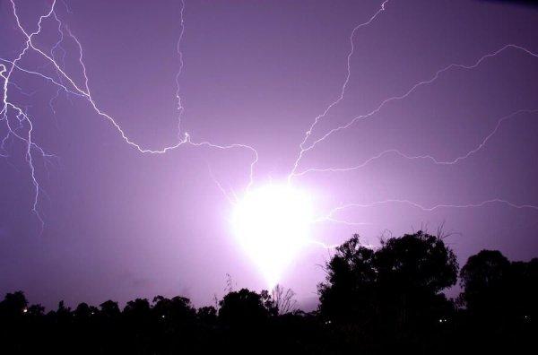 盘点地球上罕见自然现象:球状闪电