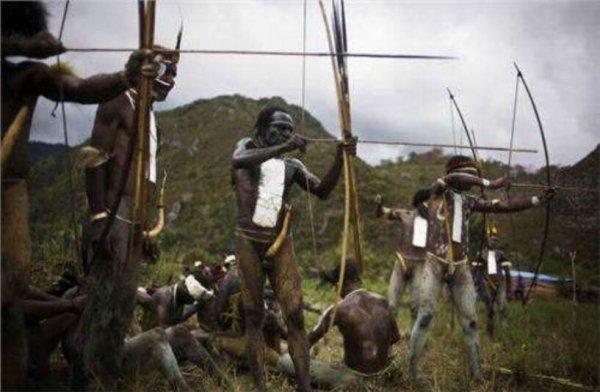 世界上阴茎最大最长的民族:非洲象人族