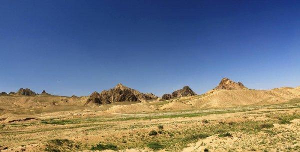 我国海拔最高的盆地,柴达木盆地海拔约3000米