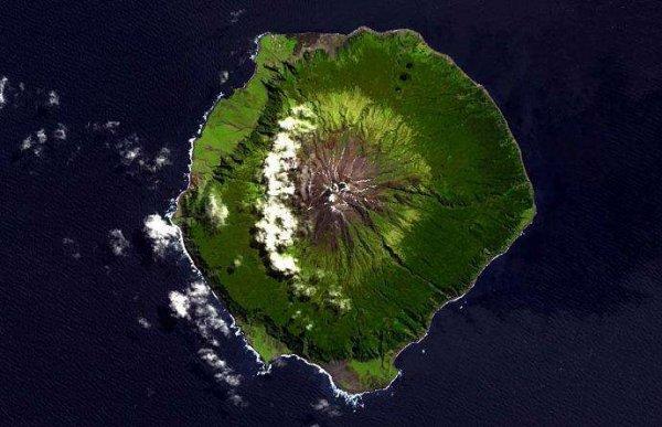 地球上距离大陆最远的岛屿 距离南美洲3360km