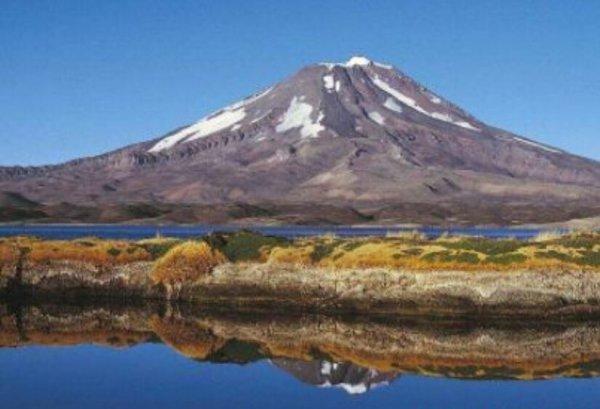 世界上海拔最高的十大湖泊,第一个海拔为6390米