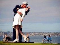 全球十大最著名的接吻雕塑 这些艺术你认识几个