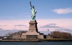 美国自由女神像的历史原型是谁?