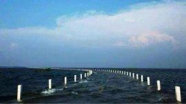 世界上最神奇的水上公路,每一年仅出现一次