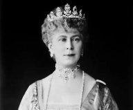世界上珠宝最多的女人,英国的玛丽皇后