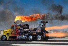 世界上最快的卡车,喷气式卡车时速644公里