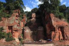 世界上最大的石刻大佛,乐山大佛通高71米
