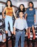 世界上最高的5款高跟鞋,最高一双超50厘米