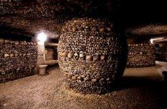 世界上埋人最多的墓穴,巴黎地下墓穴尸骨如山