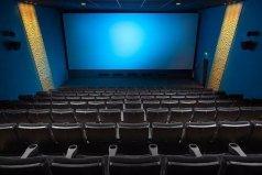 世界上最小的电影院,面积24平方米有9个座位