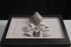 世界上最昂贵的口罩,镶嵌黄金钻石卖150万美元