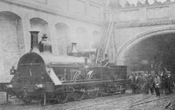 世界上第一列火车,1804年的蒸汽机车
