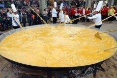 世界上最大的煎蛋,用五千多个鸡蛋