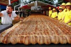 世界上最大的面包,长1700米重9吨