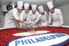 世界上最大的芝士蛋糕,重达2吨耗时60个小时