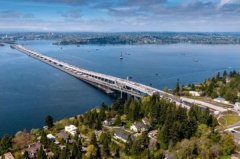 世界上最长的浮桥,华盛顿湖大桥全长2350米