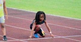 世界上跑的最快的男孩,跑完百米仅用13.48秒